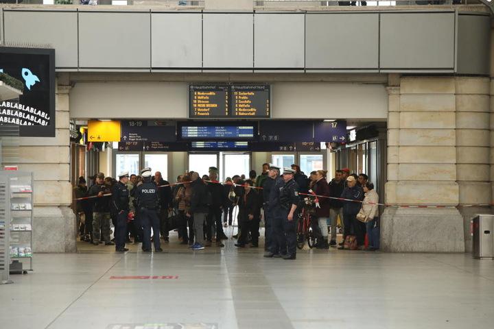 Gegen 9.45 Uhr konnte der Hauptbahnhof wieder freigegeben werden.