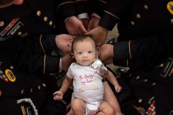 """""""My Daddy's my hero"""": Die kleine Christian Michelle wird ihren Vater leider nie kennenlernen."""