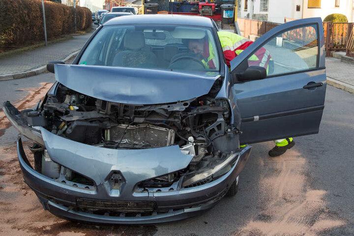 Insgesamt entstand ein Schaden von rund 10.000 Euro.