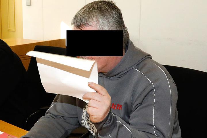 Jens M. (48) wollte den Knast verhindern. Das Gericht kannte aber  keine Gnade.