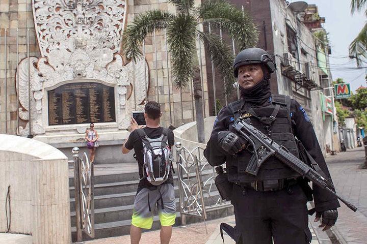 Ein Mann aus Gütersloh wurde von der Polizei in Bali verhaftet. (Symbolbild)
