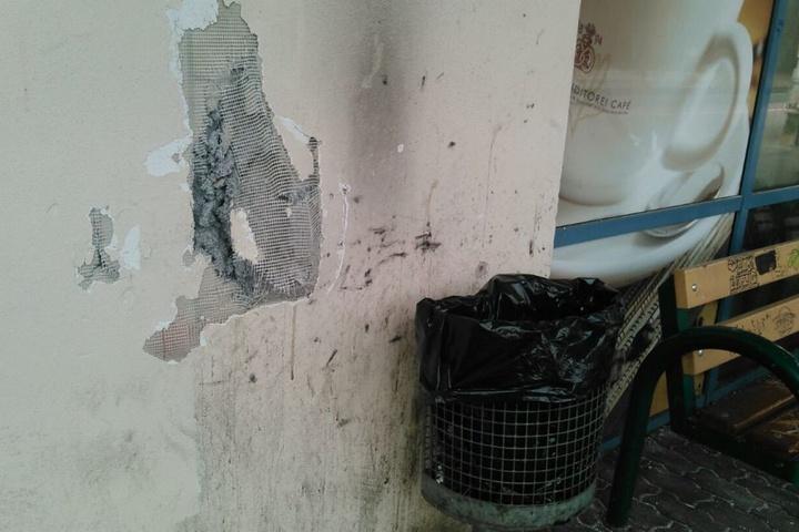 Auch das Mauerwerk wurde stark beschädigt.