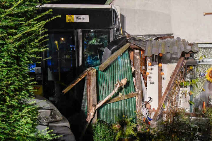 Das Haus in Großensee ist nach dem Unfall nicht mehr bewohnbar.
