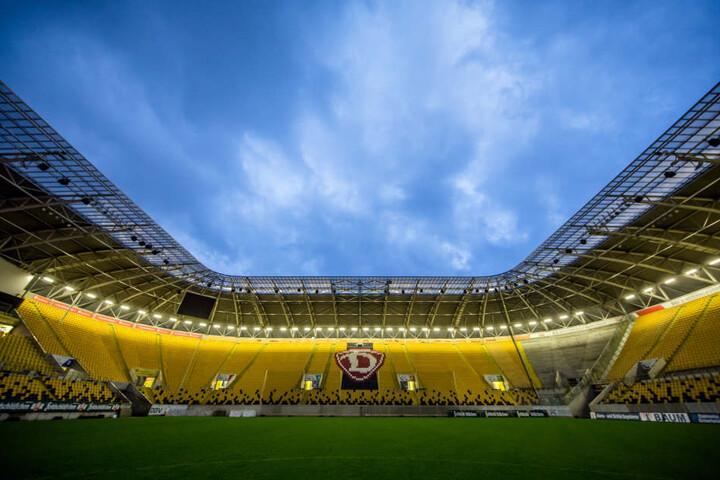Erstmals findet das Motorsport-Spektakel unter freien Himmel im DDV-Stadion  statt.