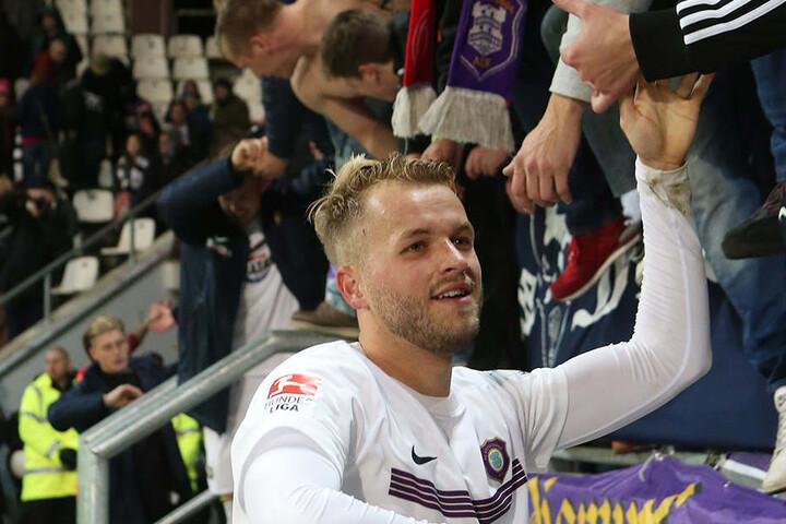 Pascal Köpke bedankte sich nach der Partie bei den Fans - und umgedreht.