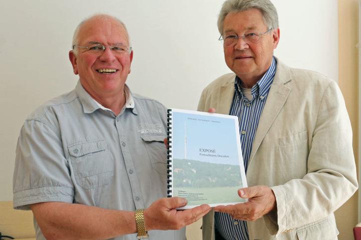 Eberhard Mittag (64, l.) und Klaus Martin (74) kämpfen für die Wiedereröffnung.