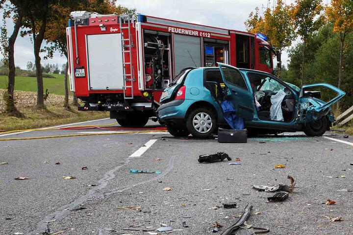 Horrorcrash! Ein Toter und mehrere Verletzte auf B173 bei Freiberg