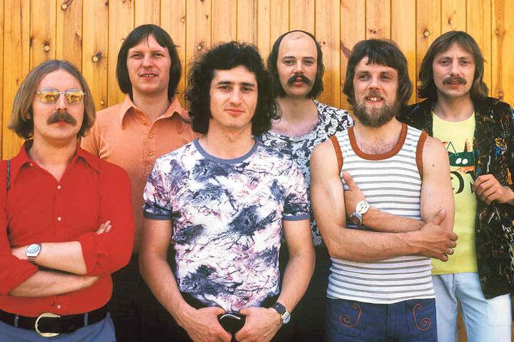 """Die legendäre """"Stern-Combo Meißen"""" gründete sich 1964. 1978 kam das Album  """"Weißes Gold"""" heraus, dass der Band den Beinamen """"Pink Floyd des Ostens""""  bescherte."""