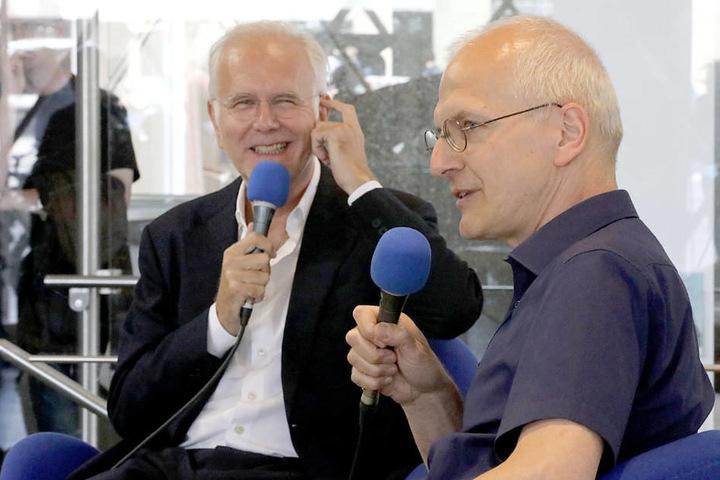 Am Donnerstag plauderte Schmidt mit Winfried Bönig, dem Organisten des Kölner Doms, im Domforum.