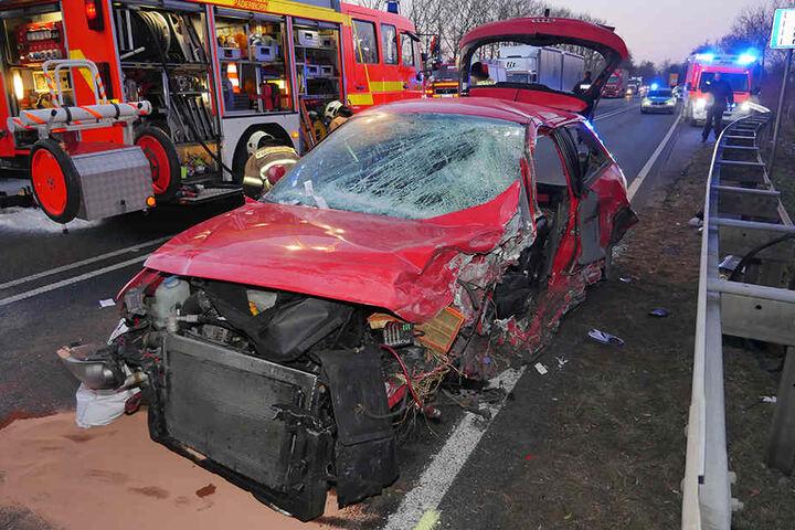 Der Audi A3-Fahrer setzte zum lebensgefährlichen Überholmanöver an.