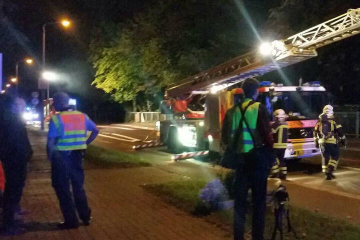 Die Feuerwehr konnte ein Ausbreiten der Flammen auf ein benachbartes Hotel verhindern.