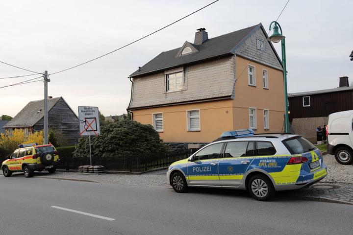Die schreckliche Tat soll sich in der Oberen Hartensteiner Straße ereignet haben.