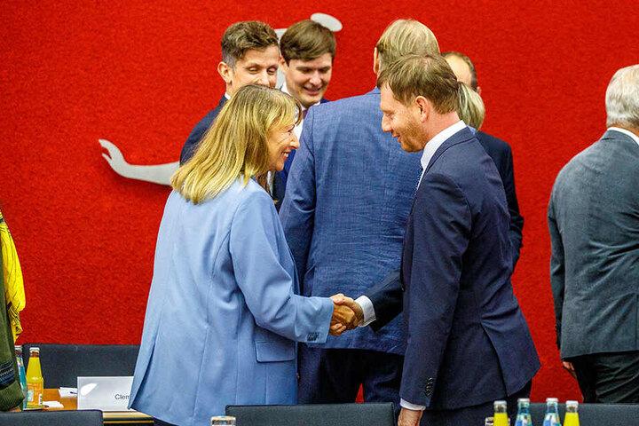 Petra Köpping ist derzeit auch Teil des SPD-Sondierungsteams für eine neue sächsische Regierung, hier mit Ministerpräsident Michael Kretschmer (44, CDU).