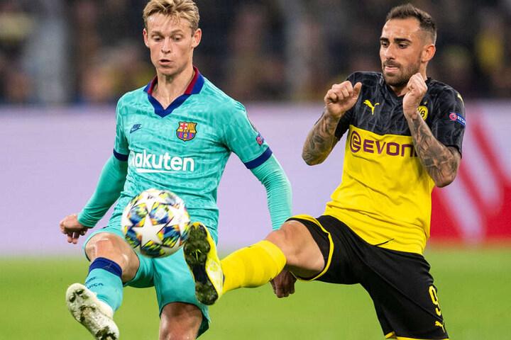 Wartet wohl auf den FC Barcelona, der ihm den Weg nach Valencia freimachen soll: Paco Alcacer.