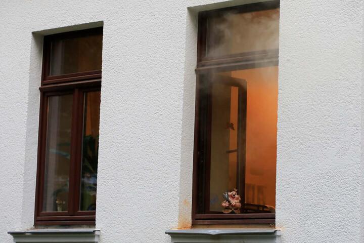 Die Erdgeschosswohnung des älteren Paares stand in Flammen.