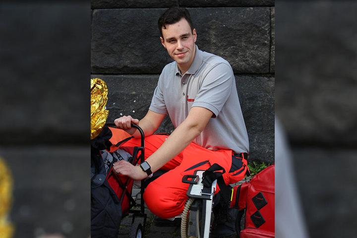 Christian Eckhardt engagiert sich im Katastrophenschutz. Er ist seit 2005 bei den Johannitern aktiv und arbeitet auch als Fachdozent für Sanitätsdienst, Rettungswesen und Bevölkerungsschutz im Verein.