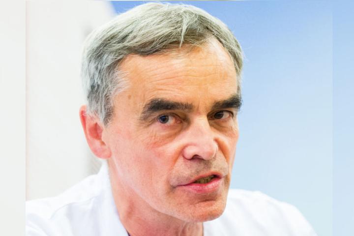 Der damalige Chefarzt der Kardiologie an der Asklepios-Klinik St. Georg: Karl-Heinz Kuck. (Archivbild)