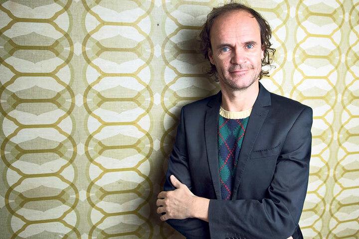 Muss echt überlegen, was er sich zum Geburtstag wünscht: Comedian Olaf Schubert  (50).