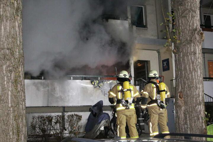 Die Wohnung im Erdgeschoss brannte aus.