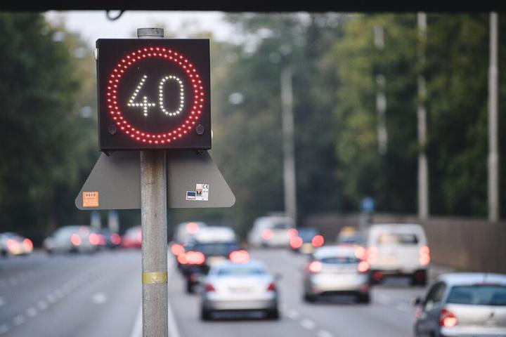 Am Stuttgarter Neckartor gilt bereits Tempo 40.