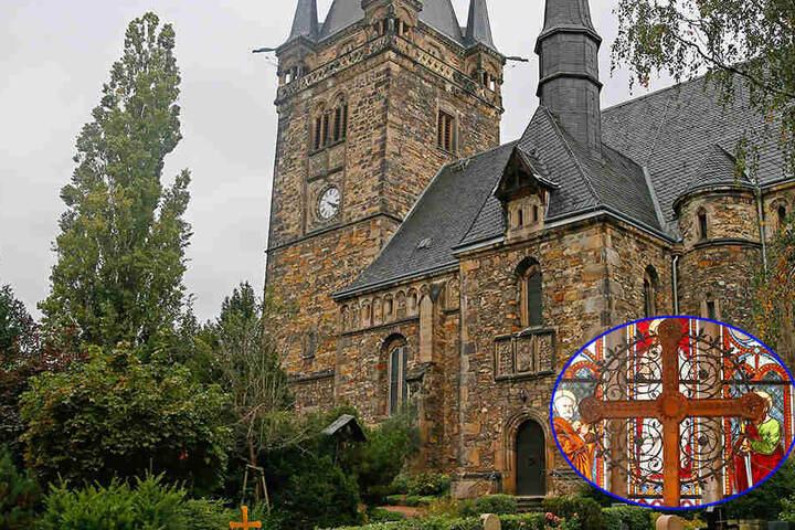 Die Briesnitzer Kirche wurde von  Einbrechern heimgesucht.