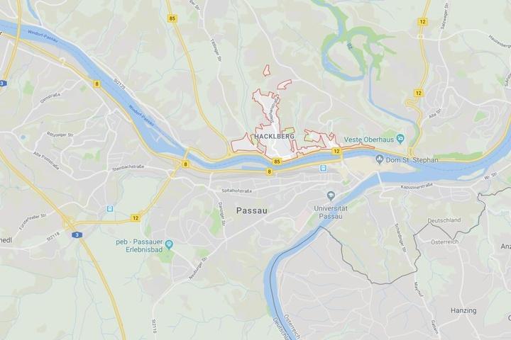 Im Passauer Stadtteil Hacklberg ist eine Auseinandersetzung komplett aus dem Ruder gelaufen.