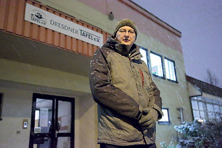 Tafel-Vorsitzender Andreas Schönherr  (41) verteidigte seine und die Vereinstätigkeiten.