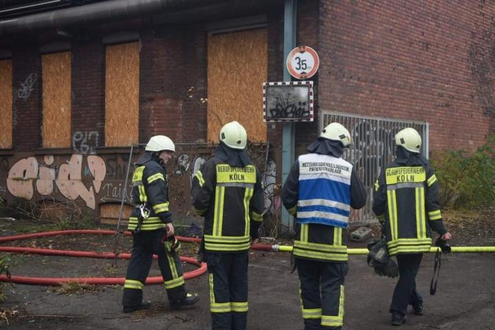 Die Kameraden der Kölner Feuerwehr.