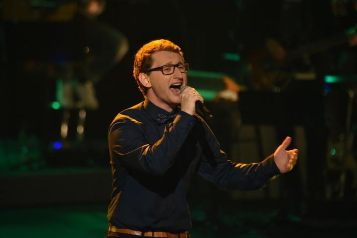 """Samuel Rösch aus Großrückerswalde sang sich mit """"Der Weg"""" ins Finale von """"The Voice of Germany""""."""