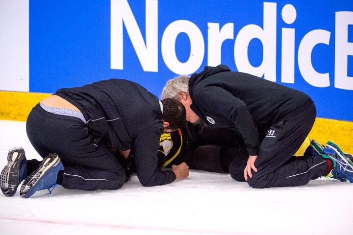 November 2017: Paille liegt nach dem Check auf dem Eis.
