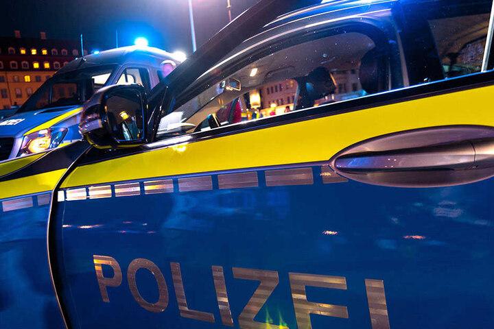 Hinweise nimmt das Dresdner Polizeirevier telefonisch entgegen.