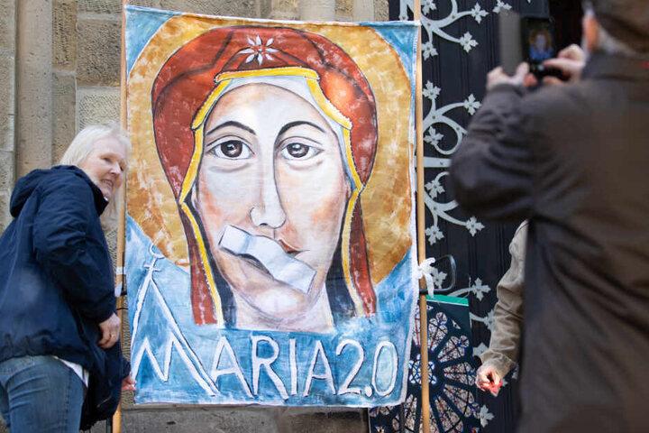 """Der Protest ist Teil der Aktion """"Maria 2.0"""" (im Bild: eine Aktion am Samstag in Münster)."""