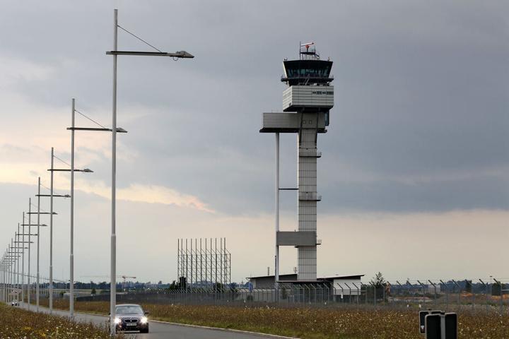 Vom Flughafen Halle/Leipzig startete der Abschiebeflug nach Tunesien.