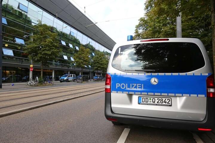 Die Polizei in Dresden hat im Vorfeld des Sachsenderbys einen Brief an die Aue-Fans geschrieben.