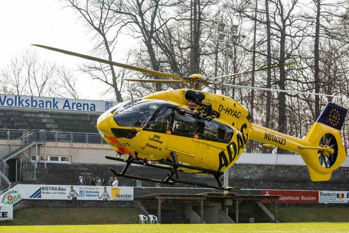 Mit diesem Rettungshubschrauber wurde der Vogtländer ins Krankenhaus geflogen.