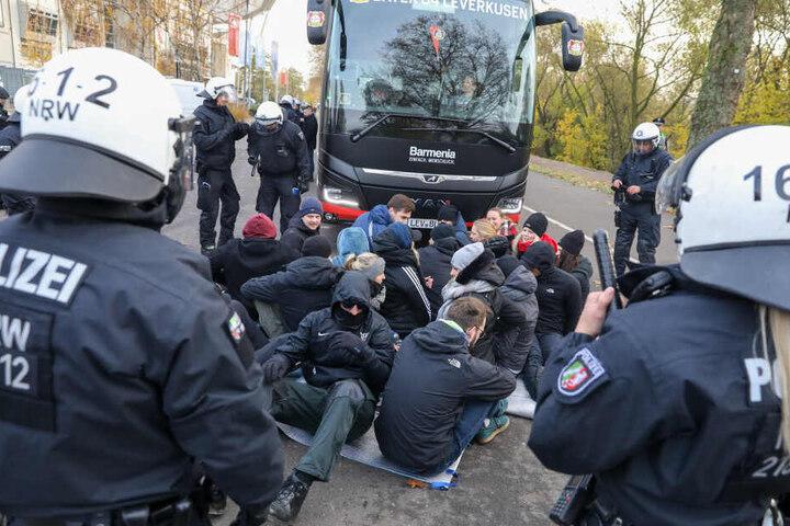 Die Polizei führt regelmäßig Übungen durch, um für unterschiedlichste Ereignisse gut vorbereitet zu sein.