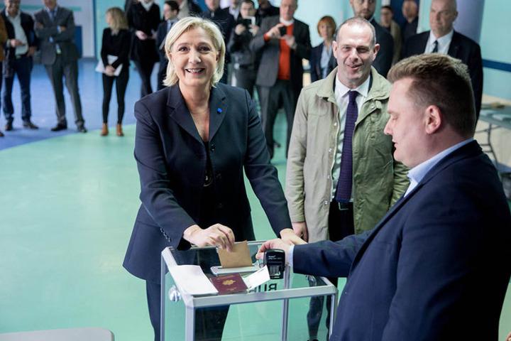 Hat gut Lachen: Marine Le Pen hat gute Aussichten auf die zweite Runde der Wahl.