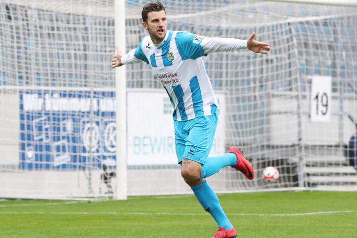 Dejan Bozic sorgte in der achten Minute für den Ausgleich 1:1.