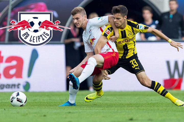 Der Leipziger Timo Werner kämpft gegen Julian Weigl an.