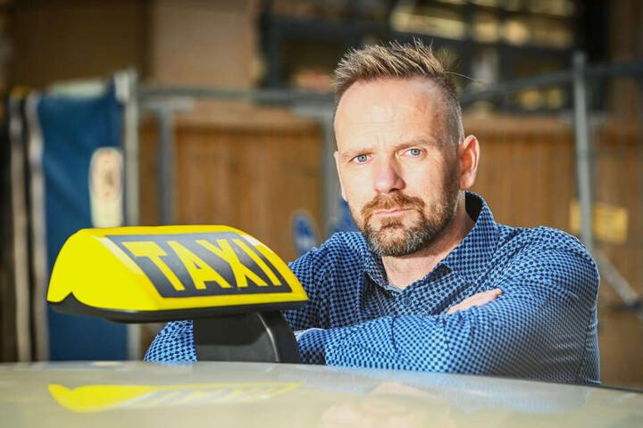 Noack fährt seit 1999 Taxi. Er kritisiert die Verkehrs-Bedingungen in der Stadt.