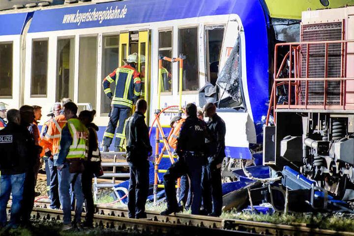 Im Frühjahr 2018 sind in Schwaben eine Regionalbahn und ein Güterzug zusammengestoßen. (Archivbild)