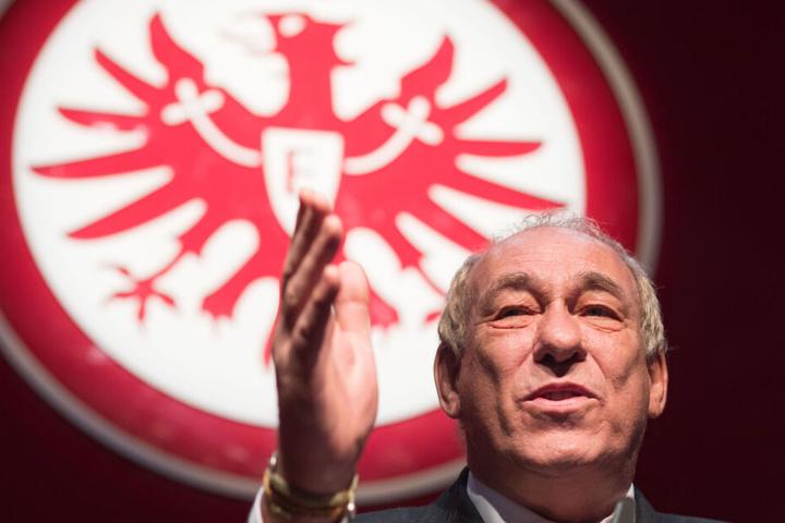 Der amtierende Eintracht-Präsident Peter Fischer äußert sich immer wieder vehement gegen Vertreter des Nationalsozialismus.