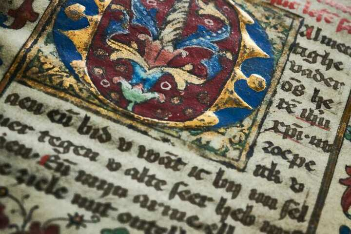 Die Bände waren nach dem Zweiten Weltkrieg unter ungeklärten Umständen aus Bonn verschwunden.