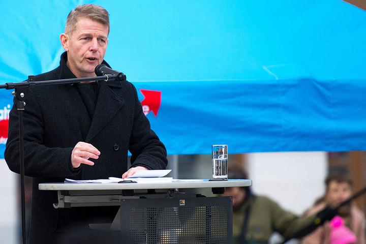Karsten Hilse (53, AfD) auf einer Demo, hier in Görlitz.