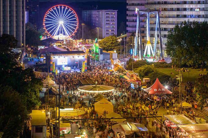 Sicherheit bei Großveranstaltungen wie dem Stadtfest wird groß geschrieben. Wie sie erreicht wird, ist strittig.
