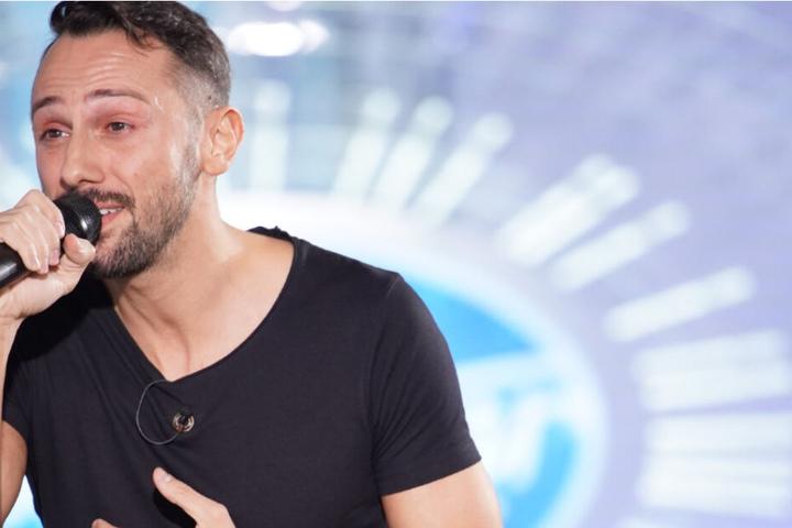 """Jorgo sang bei seinem Auftritt bei DSDS """"Hero"""" von Enrique Iglesias."""