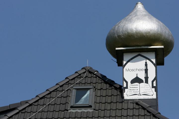 Das Minarett der Al-Rahman-Moschee auf der Roscherstraße. Hier fürchtet der Geheimdienst eine Radikalisierung von Muslimen.