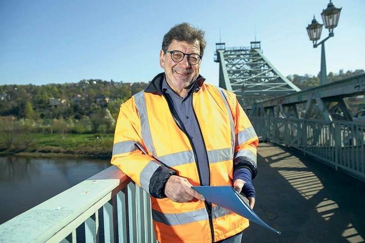 Baute in Dresden fast ein Vierteljahrhundert lang Brücken und Straßen: Amtsleiter Reinhard Koettnitz (64).