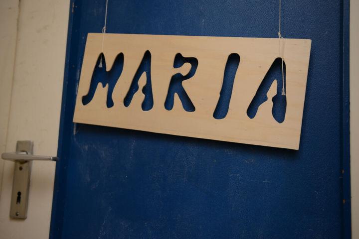Das Schild hing an der Zimmertür des damals vermissten Mädchens Maria.