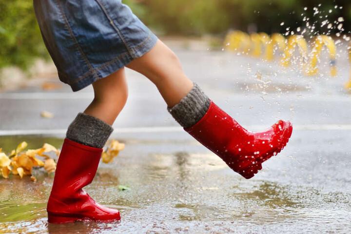 Sonne oder Regen? Am Wochenende solltet Ihr auf beides vorbereitet sein.